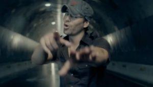 """YouTube: las mejores parodias de """"Bailando"""" de Enrique Iglesias"""