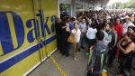 Venezuela: Miles hacen colas por electrodomésticos baratos - Noticias de venezuela
