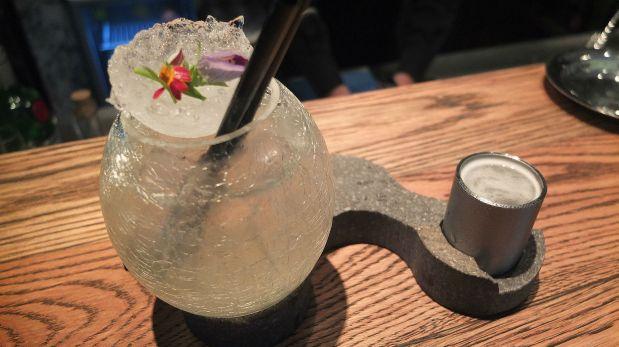Así se ve un gin tonic creado por un campeón de coctelería. (Foto: Iris Silva)