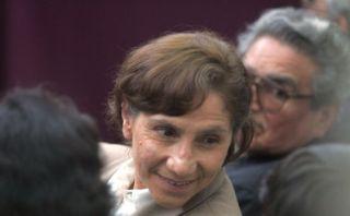 Elena Iparraguirre visitó a terrorista Abimael Guzmán