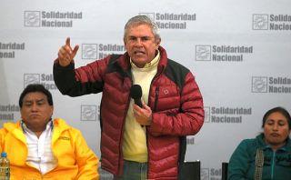 Luis Castañeda Lossio es el político más popular, según GFK
