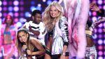 Ariana Grande fue 'golpeada' por un ángel de Victoria's Secret - Noticias de victoria's secret