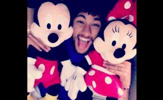 Neymar mostró en Instagram su fanatismo por Mickey y Minnie