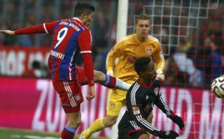 Bayern Múnich: Lewandowski falla solo a un metro del arco