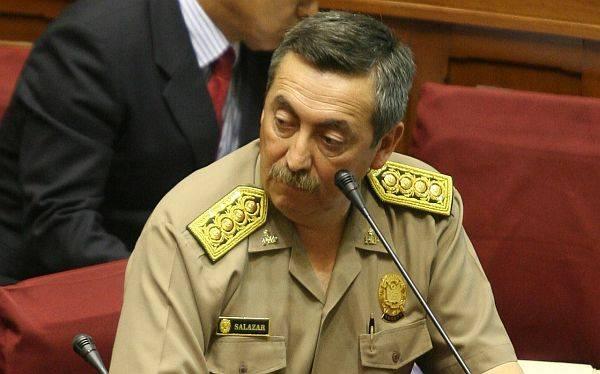 El ex jefe de la Policía Raúl Salazar mintió cuando dijo que no se comunicaba ni menos coordinaba con el ex asesor Villafuerte (Archivo El Comercio)