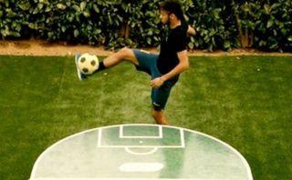 'Fut Toc': Neymar practica deporte que junta fútbol y ping pong