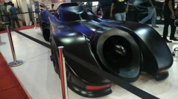 Batman: Un batimóvil creado desde un Mercedes
