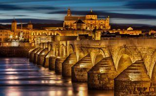 Vuelve en el tiempo y pasea por el centro de Córdoba en España