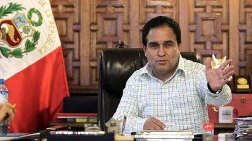 Otárola dice que nuevo régimen protege a mayores de 25 años
