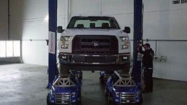 Ford demostró que su F-150 de juguete también es resistente