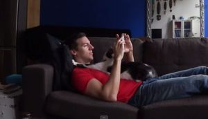 Conoce a Kodi, el gato que se enamoró de su dueño