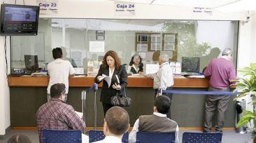 Descuentos por seguros de AFP subirán el 2015 tras licitación