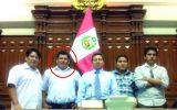 José León estuvo con miembro de peligrosa banda en el Congreso