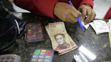 ¿Cómo afecta la caída de precios de petróleo a los venezolanos?