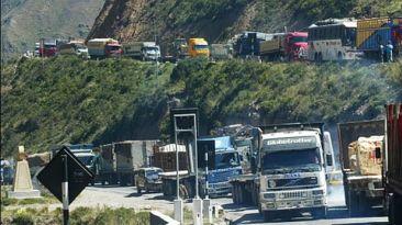 Restringen paso de camiones por la Carretera Central en fiestas