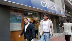 Clientes de Citibank pasarán a Scotiabank tras venta de cartera