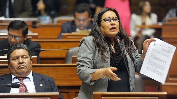 Congresista Julia Teves pide a la oposición a actuar con prudencia y no con cálculo político respecto a nueva ley laboral juvenil. (Foto: Congreso)