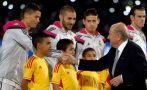 Cristiano Ronaldo: su cara tras saludar a Joseph Blatter