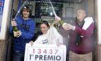 """""""El Gordo"""" de la lotería de Navidad da miles de euros en España"""