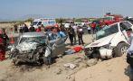 Choque entre auto y camioneta deja tres muertos en Chimbote