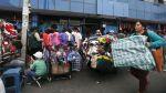Ambulantes siguen en Mesa Redonda pese a prohibición - Noticias de serenazgo de puno