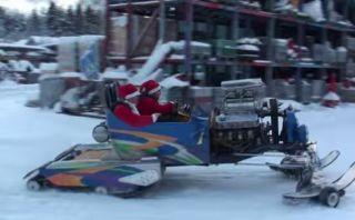 YouTube: Trineo de Navidad con poderoso motor V8