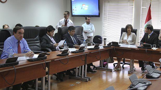 Cuatro integrantes de la comisión López Meneses tendrán listo informe alterno al aprobado en marzo de 2015. (Foto: El Comercio)