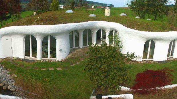 Earth house una sorprendente casa hecha bajo tierra en suiza mundo vamos el comercio peru - Casas ecologicas en espana ...