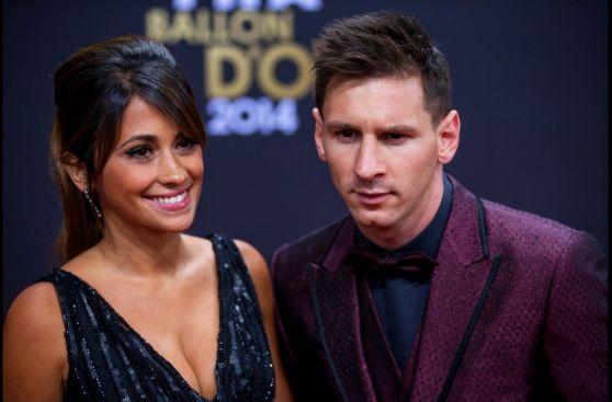 Lionel Messi volvió a lucir traje llamativo en el Balón de Oro