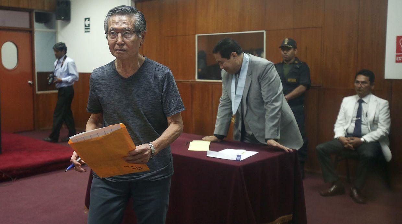 El ex presidente Alberto Fujimori fue sentenciado a ocho años de cárcel por el delito de peculado, a raíz del Caso Diarios Chicha. (Foto: Alessandro Currarino/ El Comercio)