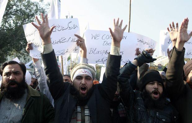 Más de 300 personas marcharon en la ciudad pakistaní de Lahore contra Charlie Hebdo. (Getty Images).