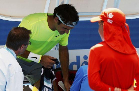 Roger Federer y el problema en el meñique que le costó un set