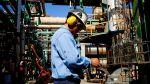 Compañías de petróleo comienzan a recortar personal en el Perú - Noticias de exploración especial