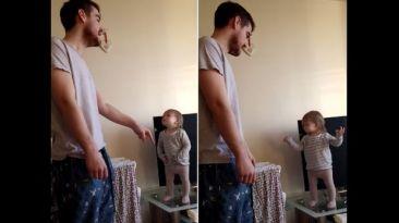 YouTube: niña que aún no habla lucha con padre en hermoso video