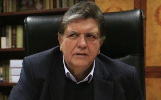 """Alan García: """"Chuponeo y reglaje son Hoja de ruta del régimen"""""""