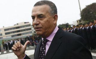 Apra pide renuncia de Urresti tras presunto reglaje a García