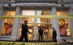 Manhattan: hombre disparó a su jefe en una tienda y se suicidó