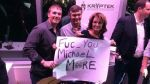 Facebook: Sarah Palin criticada por respuesta a Michael Moore - Noticias de michael palin