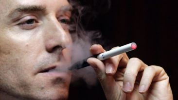 Impacto a la salud de cigarrillos electrónicos aún no es claro