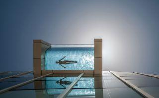 ¿Te bañarías en esta tenebrosa piscina de Dubai?