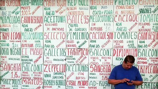 Los precios en Venezuela suben casi a diario.