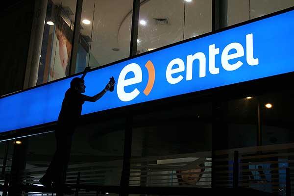 Utilidades de Entel se desplomaron en 62% durante el 2014