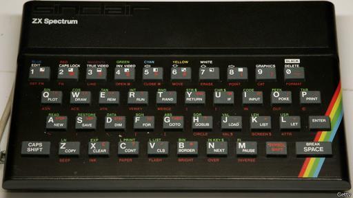 Esta computadora de mesa de 8 bits fue lanzada originalmente en 1982, de la mano de la empresa Sinclair Research Ltd.