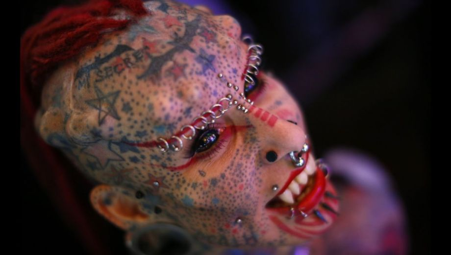 Los impactantes rostros de la feria de tatuajes de Venezuela