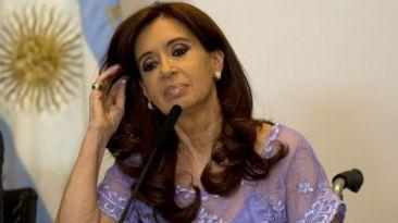 """Fernández: """"Nadie puede decirle a la presidenta que se calle"""""""