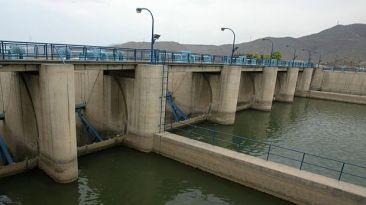 Peligra la provisión de agua y alcantarillado en el Perú