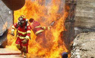 Uno de los bomberos quemados en incendio fue dado de alta