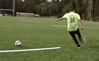 Facebook: Neymar Jr. se une a fiebre del Super Bowl así (VIDEO)