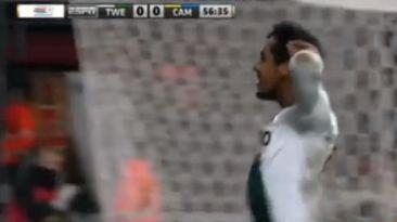 Renato Tapia: así narraron su primer gol con el FC Twente