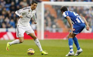 Real Madrid: Cristiano elude a rival con elástica por la huacha